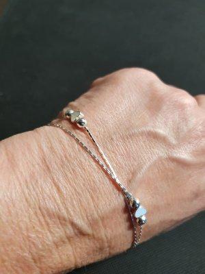 Silberarmband,zart,  mit3 kleinen Herzen
