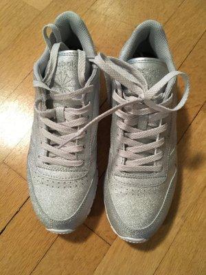 Silberfarbe Reebok Sneaker - Glitzer