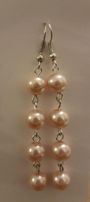 Silberfarbende Ohrhänger mit rosa Perlen (selbstgemacht)