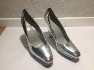 Silberfarbene Calvin Klein Pumps - ungetragen!