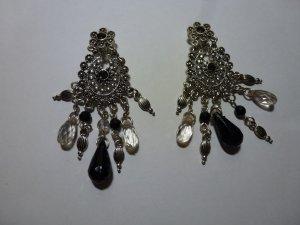Earclip silver-colored-black