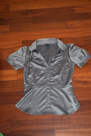 Silberfarbene Satin-Bluse