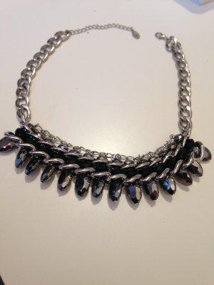 Silberfarbene Statementkette von Primark #elegant #sexy