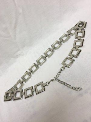 Silberfarbener Kettengliedgürtel