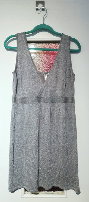 Vestido tejido color plata