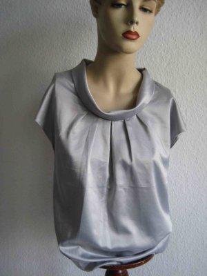 Silberfarbenes Shirt von H&H - cleaner Look
