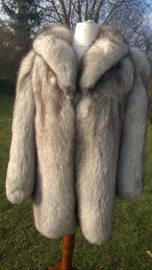 Abrigo de piel blanco-gris claro Piel