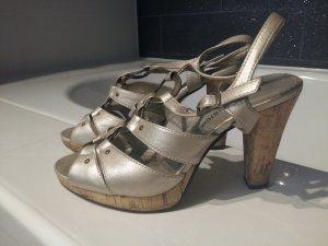 Silbergoldene Sandaletten
