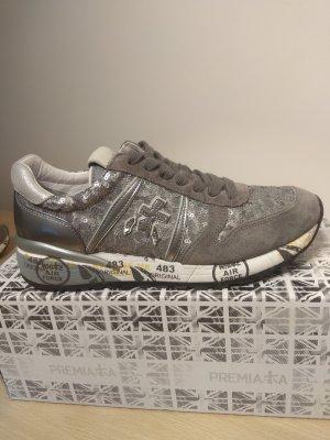 Silbergrauer Sneaker mit Pailletten von Premiata