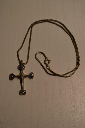 Silberkette mit Kreuzanhänger