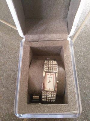 silberne Armbanduhr - D K N Y
