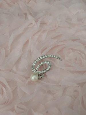 Silberne Brosche mit Weißer Perle