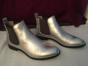 Silberne Chelsea-Boots