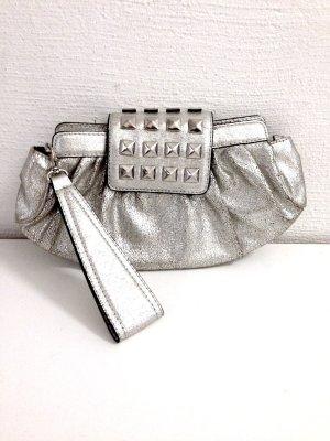 Silberne Clutch mit Nieten von Mango, 30x16cm, neu