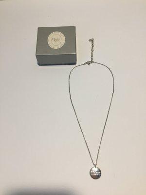 Silberne Dior Kette mit Logo-Anhänger