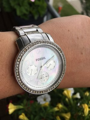 Silberne FOSSIL Damenuhr