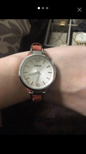 Silberne Fossil Uhr