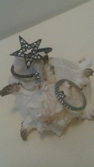 silberne (Glieder-)Ringe