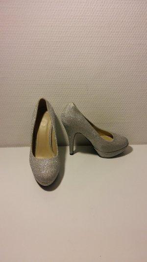 Silberne High Heels in silber