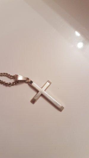silberne Kette mit Kreuz Anhänger