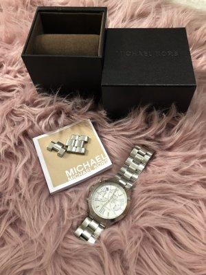 Michael Kors Montre avec bracelet métallique argenté