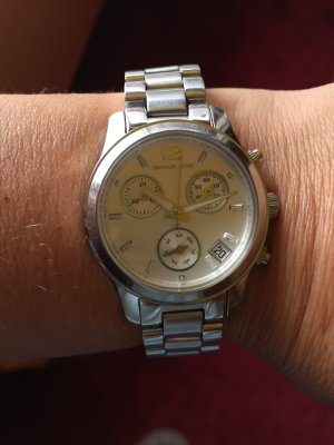 Silberne Michael Kors Uhr
