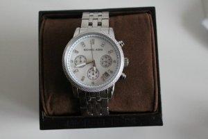 Silberne Mickael Kors Uhr mit Perlmutt Ziffernblatt
