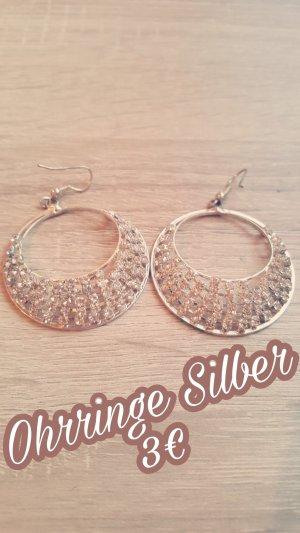 Silberne Ohrringe