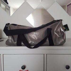 Silberne Retro handtasche