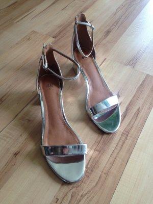 Silberne Sandalen von H&M