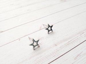 silberne Stern Ohrringe Ohrstecker aus Edelstahl. NEU