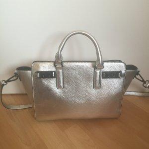 Silberne topshop tassche aus nyc