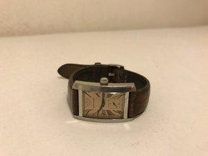 silberne Uhr mit Lederarmband von Emporio Armani