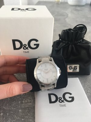 Silberne Uhr mit Perlmutt Dolce und Gabanna Time