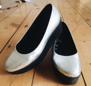 Silberne Vagabond Plateau-Schuhe