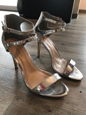 Silberner Highheels/Sandaletten