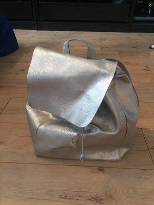 Silberner Lederrucksack von Zara