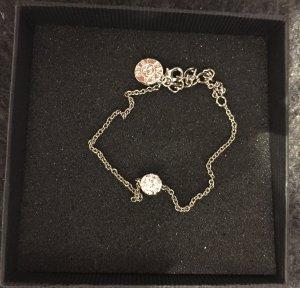 Silbernes Armband mit Swarovski Kristallen