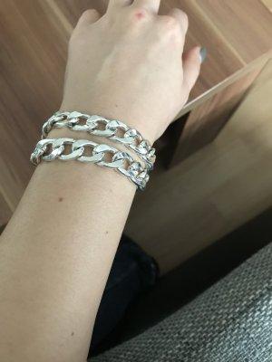 Silbernes Armkettchen