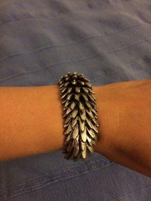 Silbernes extravagantes Armband