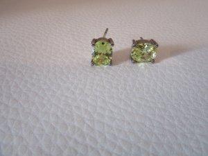Silberohrringe mit grünem Stein ohne Verschluss