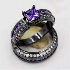 Bague en argent violet