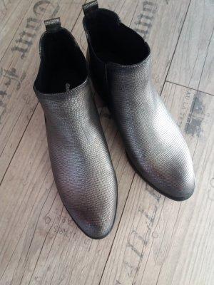 Silberschwarze Stiefeletten von Graceland ungetragen