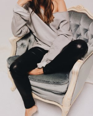 Silent Oversized Pullover Grau