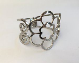 Silver Flower Armreif