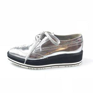 Prada Zapatos estilo Oxford color plata