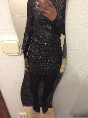 Silvester Kleid von Gestuz