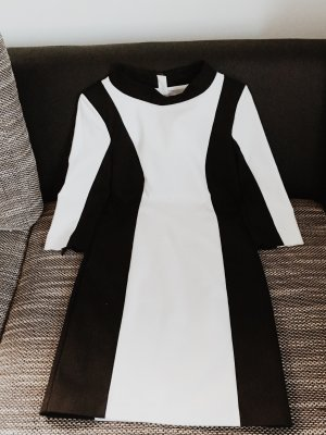 Simila stand up collar dress