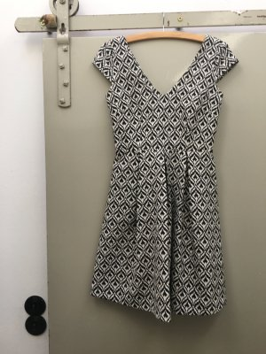 Sinequanone Kleid Gr. 36 schwarz weiß Small Petticoatkleid