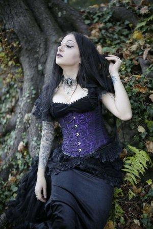 Sinister Gothic Samt Bluse